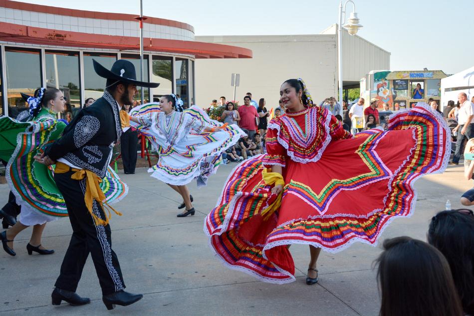 Celebrate Children and Cultures at Día de los Niños