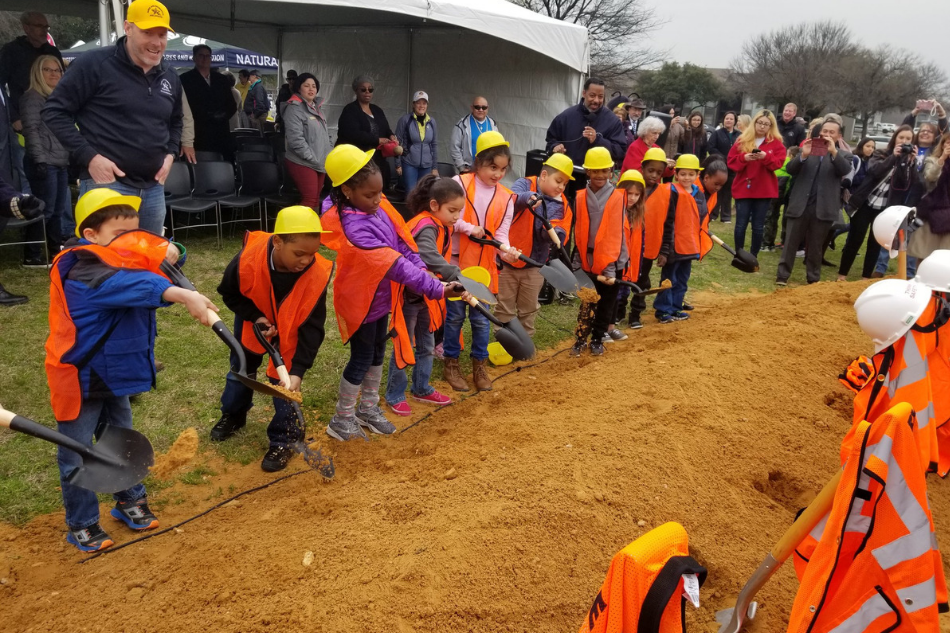 City Celebrates Start of East Arlington Recreation Center and Library Construction